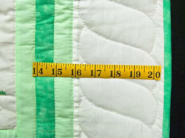 Green Sunbonnet Sue & Bill Crib Quilt Photo 6