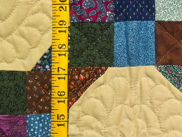 Green Country Style Snowball Crib Quilt Photo 4