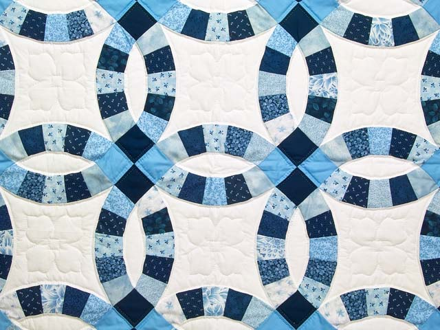 Blue Navy and Cream Double Wedding Ring Lap Throw Photo 2