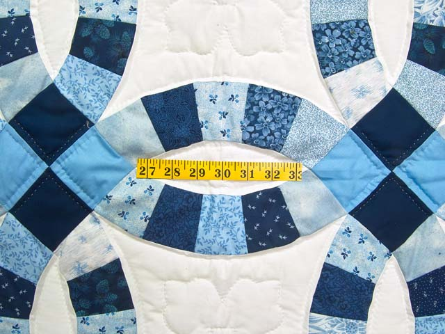 Blue Navy and Cream Double Wedding Ring Lap Throw Photo 3