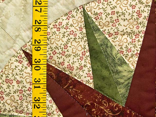 Green and Burgundy Compass Star Wall Hanging Photo 4