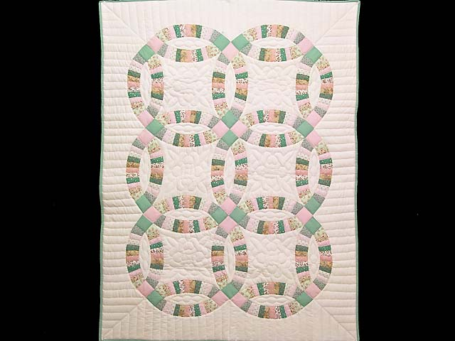Fine Pink Green and Pastel Double Wedding Ring Crib Quilt Photo 1