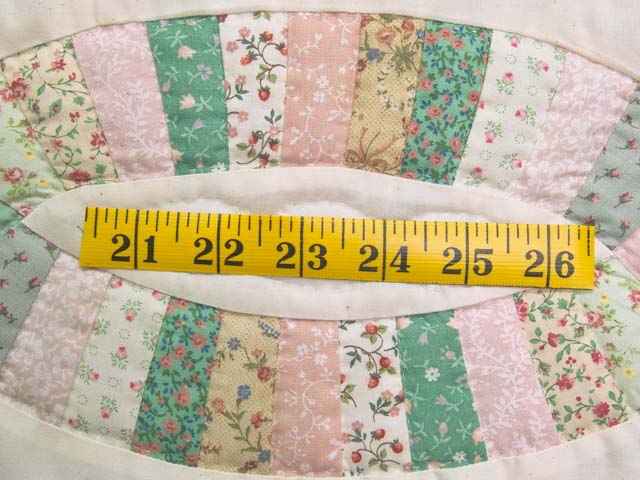 Fine Pink Green and Pastel Double Wedding Ring Crib Quilt Photo 4