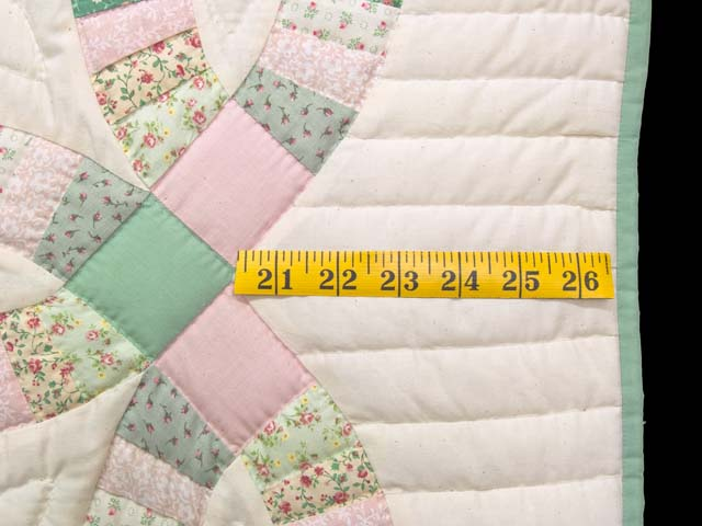 Fine Pink Green and Pastel Double Wedding Ring Crib Quilt Photo 5