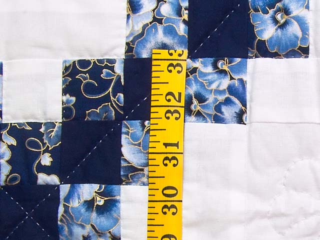 Navy Blue and Cream Irish Chain Crib Quilt Photo 4