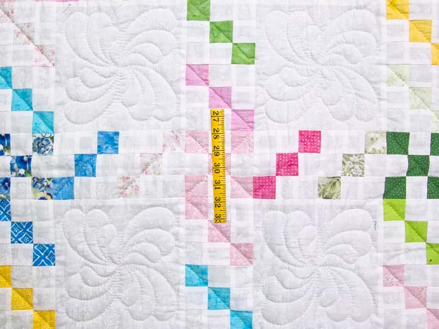 Pastel Twirling Nine Patch Throw Photo 3