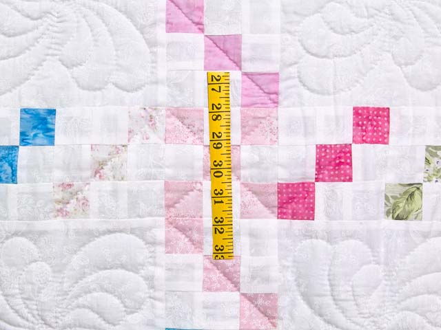 Pastel Twirling Nine Patch Throw Photo 4