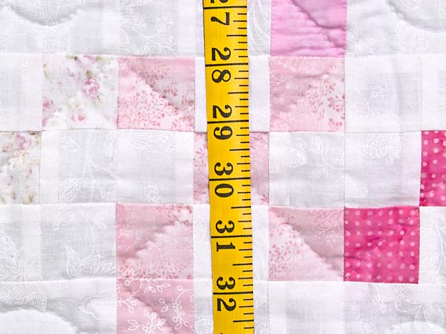 Pastel Twirling Nine Patch Throw Photo 5