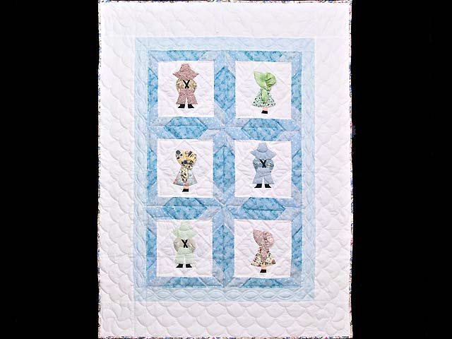 Blue Sunbonnet Sue & Bill Crib Quilt Photo 1