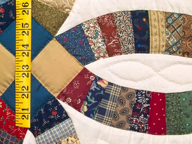 Fine Country Colors Double Wedding Ring Crib Quilt Photo 4