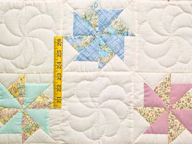 Pastel  Pinwheels Crib Quilt Photo 3