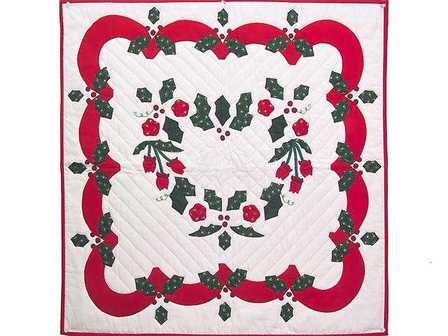 Red and Green Holly Heart Wall Hanging Photo 1