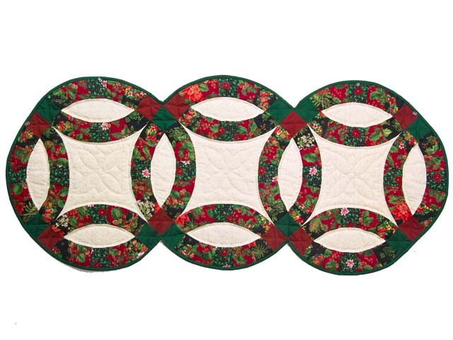 Holiday Double Wedding Ring Runner Photo 1