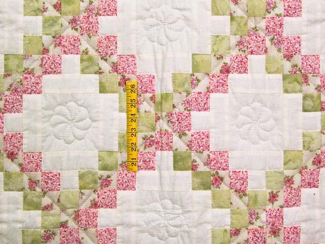 Rose Green and Cream Irish Chain Crib Quilt Photo 3