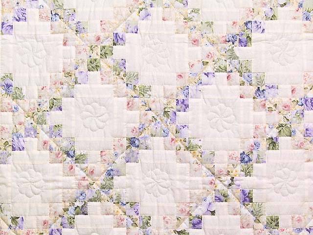 Rose Lavender and Green Floral Irish Chain Crib Quilt Photo 2