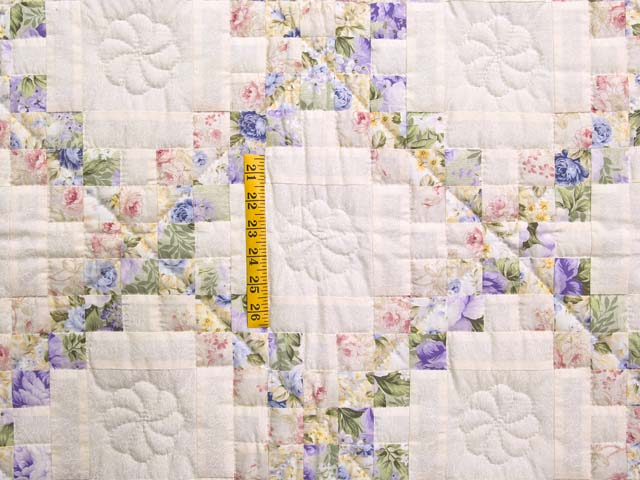 Rose Lavender and Green Floral Irish Chain Crib Quilt Photo 3