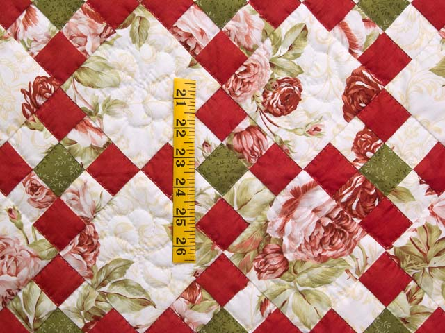 Rose Green and Cream Floral Nine Patch Crib Quilt Photo 3
