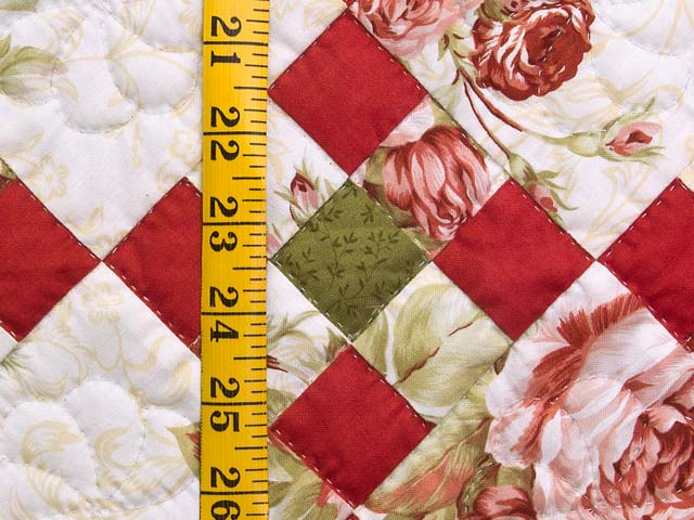 Rose Green and Cream Floral Nine Patch Crib Quilt Photo 4