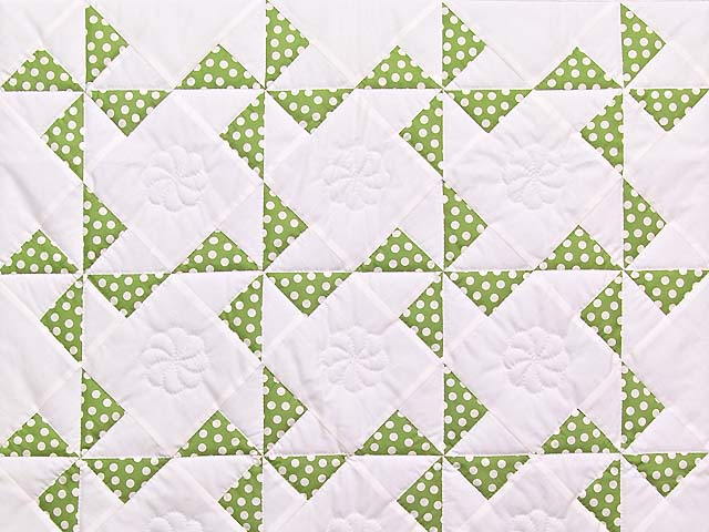 Green Polka Dot Pinwheel Crib Quilt Photo 2