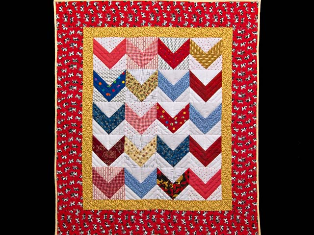 Multicolor Zig Zag Crib Quilt Photo 1