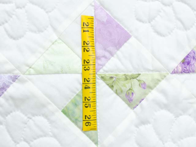 Lavender Green and Cream Pinwheel Crib Quilt Photo 4