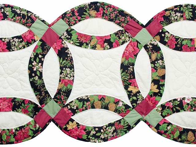 Poinsettia Double Wedding Ring Runner Photo 2