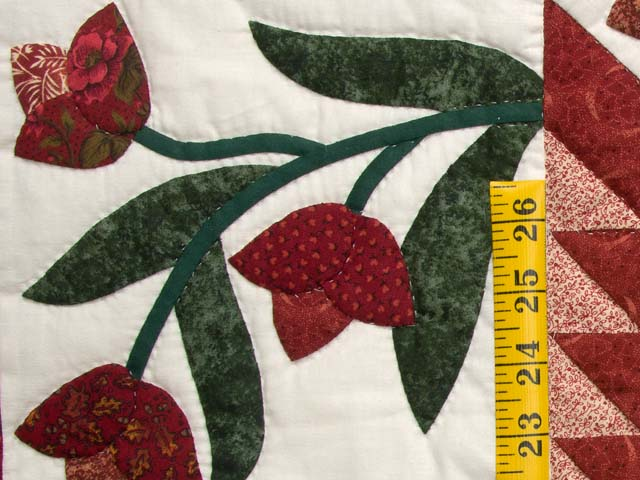 Red and Green Flowering Star Wall Hanging Photo 4