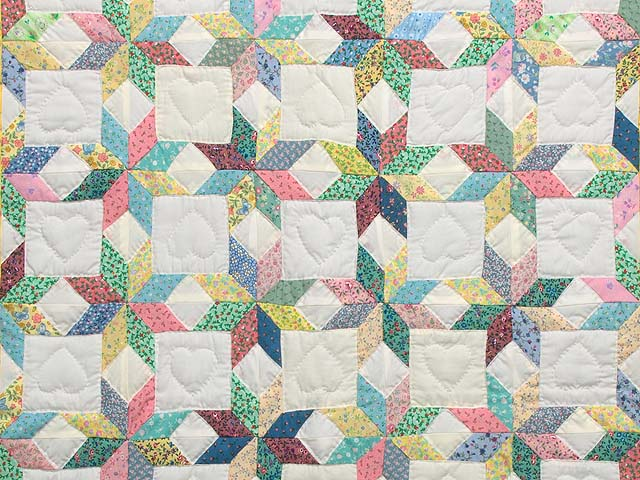 Green and Yellow Little Stars Crib Quilt Photo 2