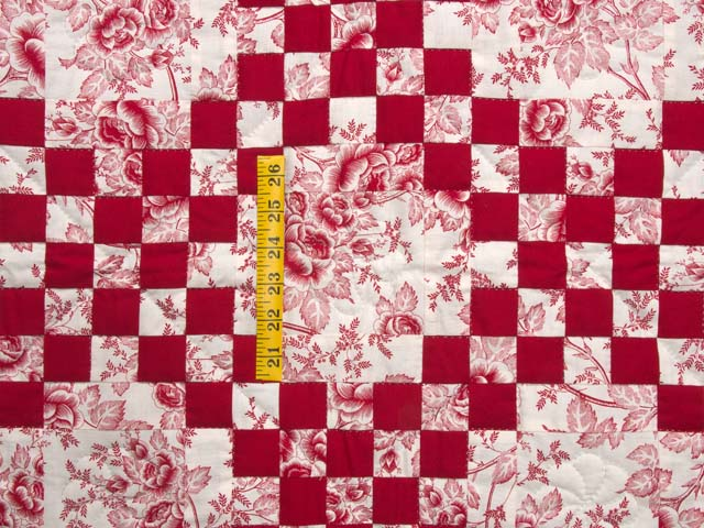 Crimson and Cream Irish Chain Crib Quilt Photo 3