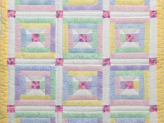 Pastel Rebecca Log Cabin Crib Quilt Photo 2
