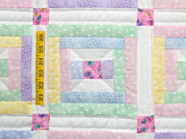 Pastel Rebecca Log Cabin Crib Quilt Photo 3