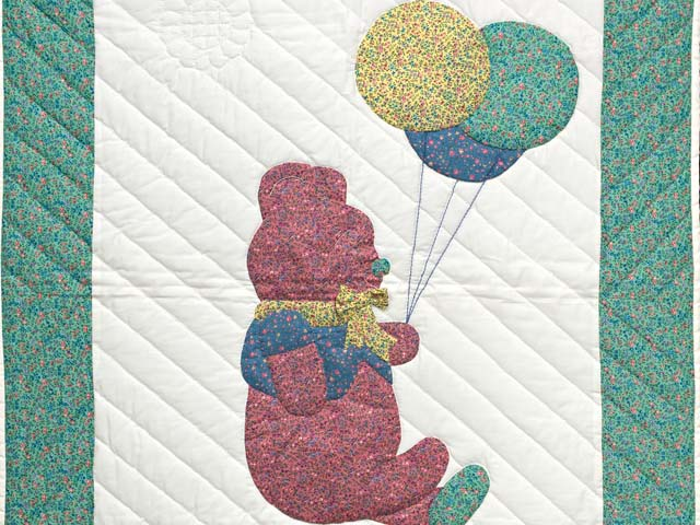 Green and Multicolor Party Bear Crib Quilt Photo 2