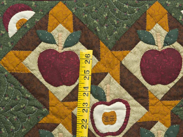 Miniature Apple Slice Quilt Photo 3