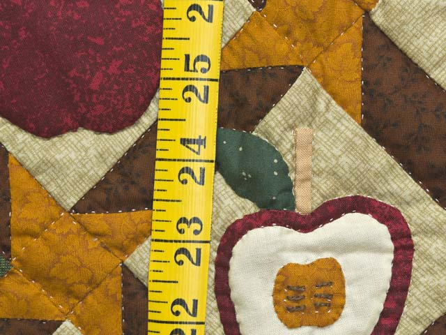 Miniature Apple Slice Quilt Photo 4
