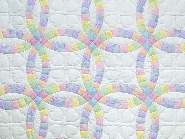 Extra Fine Pastel Double Wedding Ring Crib Quilt Photo 2