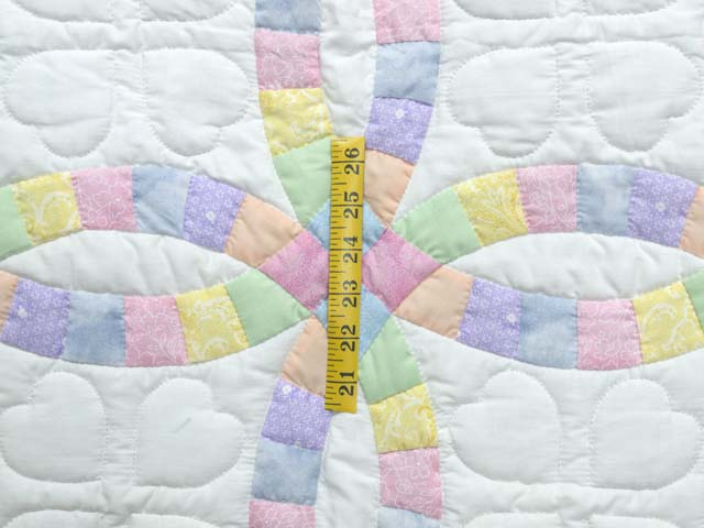 Extra Fine Pastel Double Wedding Ring Crib Quilt Photo 3