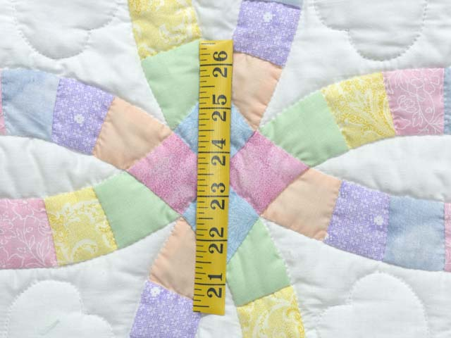 Extra Fine Pastel Double Wedding Ring Crib Quilt Photo 4