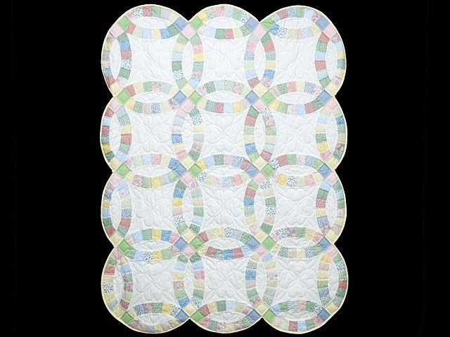 Extra Fine Pastel Double Wedding Ring Crib Quilt Photo 1