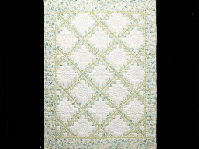 Willow Teal and Cream Irish Chain Crib Quilt Photo 1