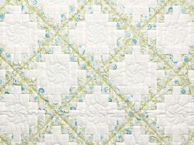 Willow Teal and Cream Irish Chain Crib Quilt Photo 2