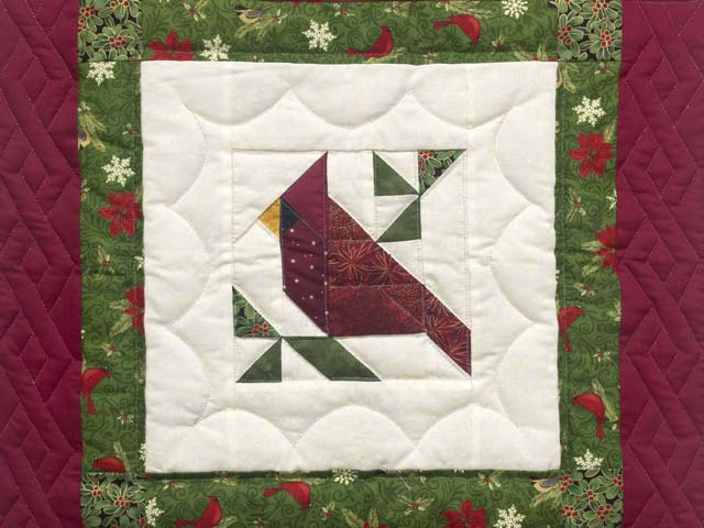 Mini Patchwork Cardinal Wall Hanging Photo 2