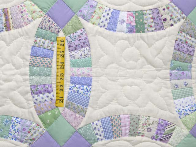 Fine Purple and Green Wedding Ring Crib Quilt Photo 4