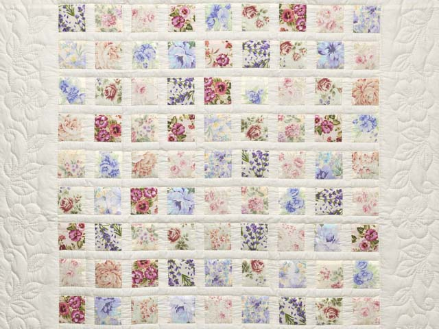 Floral Delight Crib Quilt Photo 2