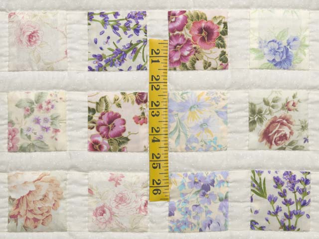 Floral Delight Crib Quilt Photo 3