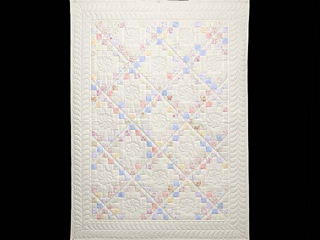 Pastel Irish Chain Crib Quilt Photo 1