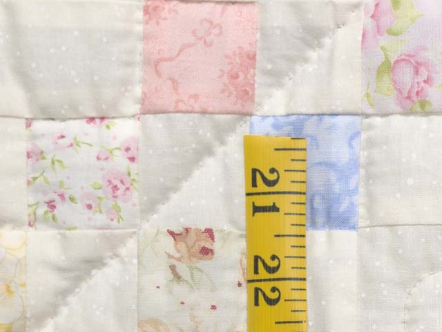 Pastel Irish Chain Crib Quilt Photo 4