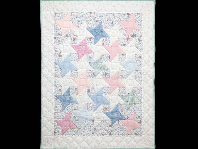 Pastel Friendship Star Crib Quilt Photo 1