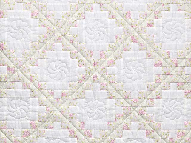 Floral Pink Willow Green and Cream Irish Chain Crib Quilt Photo 2
