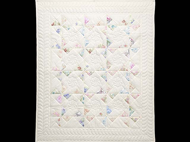 Floral Pastels and Cream Pinwheel Crib Quilt Photo 1