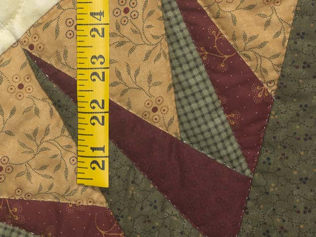 Dark Green and Burgundy Compass Star Wall Hanging Photo 4